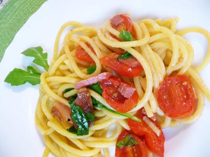 87--Bucatini–pancetta-e-pomodoro